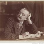 photographie ancienne, portrait homme tête en appui écrivant