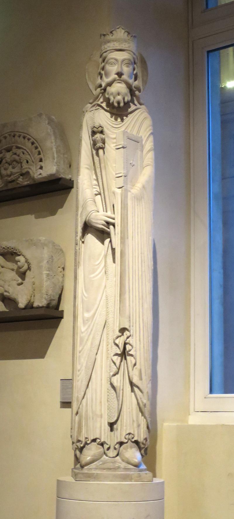 Statue colonne du Roi Salomon